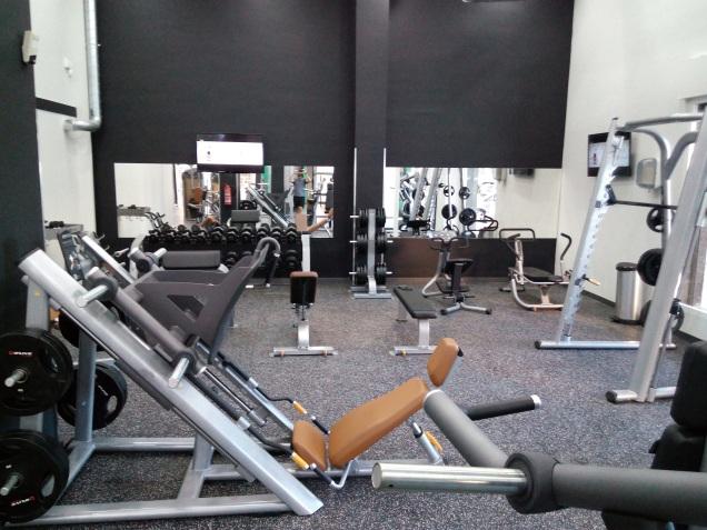 Sala de musculación y pesas